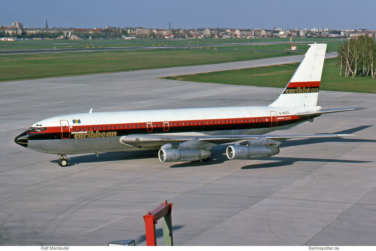 Laker Airways Boeing 707-138B G-AVZZ