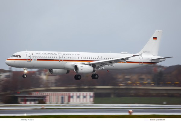 Luftwaffe, Airbus A321-200 15+04 (TXL 8.1.2019)