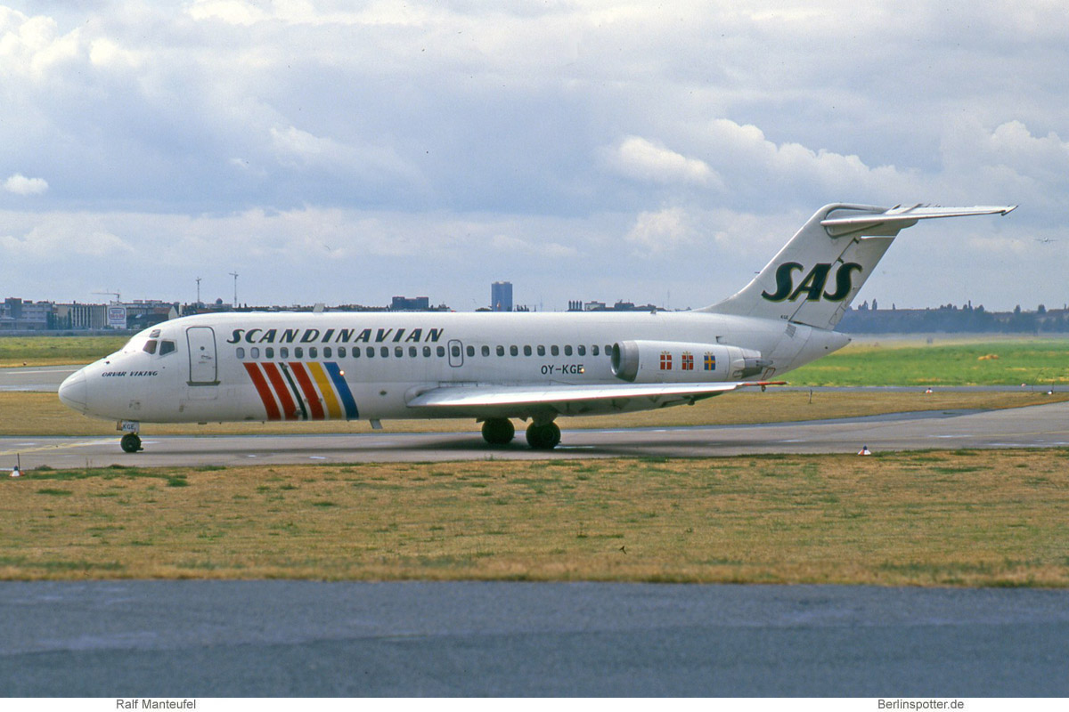 SAS Scandinavian Airlines McDonnell-Douglas DC-9-21 OY-KGE
