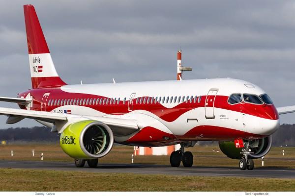 Air Baltic, Airbus A220-300 YL-CSL, 100 Jahre Lettland (TXL 19.3.2019)