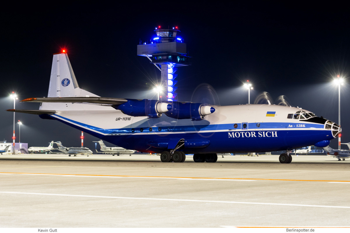 Motor Sich Antonov An-12BK UR-11316