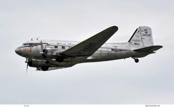 privat, Douglas C-47B (DC-3A) NC24320 (SXF 16.6.2019)