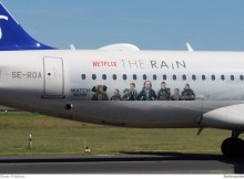 SAS Scandinavian Airlines, Airbus A320neo SE-ROA, Netflix – The Rain Sticker (TXL 9.6.2019)