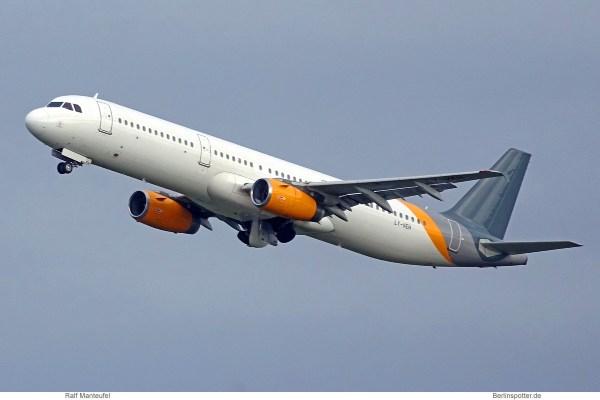 Onur Air, Airbus A321-200 LY-VEH, ex-Thomas Cook (SXF 17.10.2019)