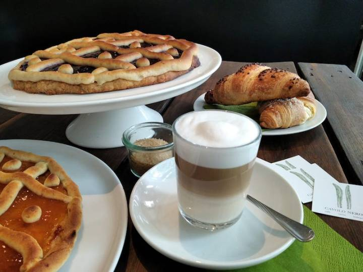The Best Flat White in Berlin Comes with Pastries: Cavolo Nero