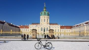 Berlin Schloss Charlottenburg Winter Schnee