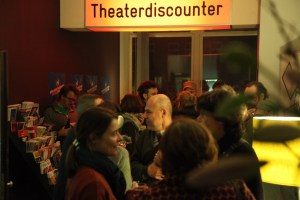 Theaterdiscounter. Bild: Tom Ben Guischard.