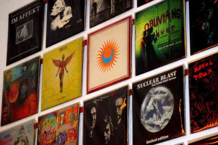 BERLIN LOVES YOU Blog Berlin Records Record Shop Nirvana