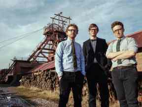 public-service-broadcasting-berlin-loves-you