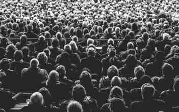 audience-828584_1920