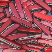 coltelli, Photo by Paul Felberbauer on Unsplash