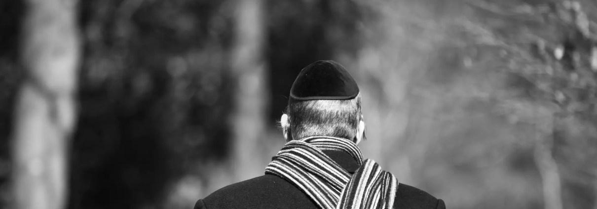 Kippah, ©https://pixabay.com/it/photos/uomo-ebraica-zucchetto-kippah-3274012/