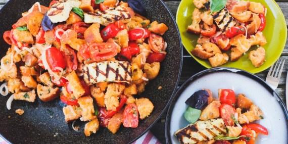 Panzanella, broodsalade, tomaat