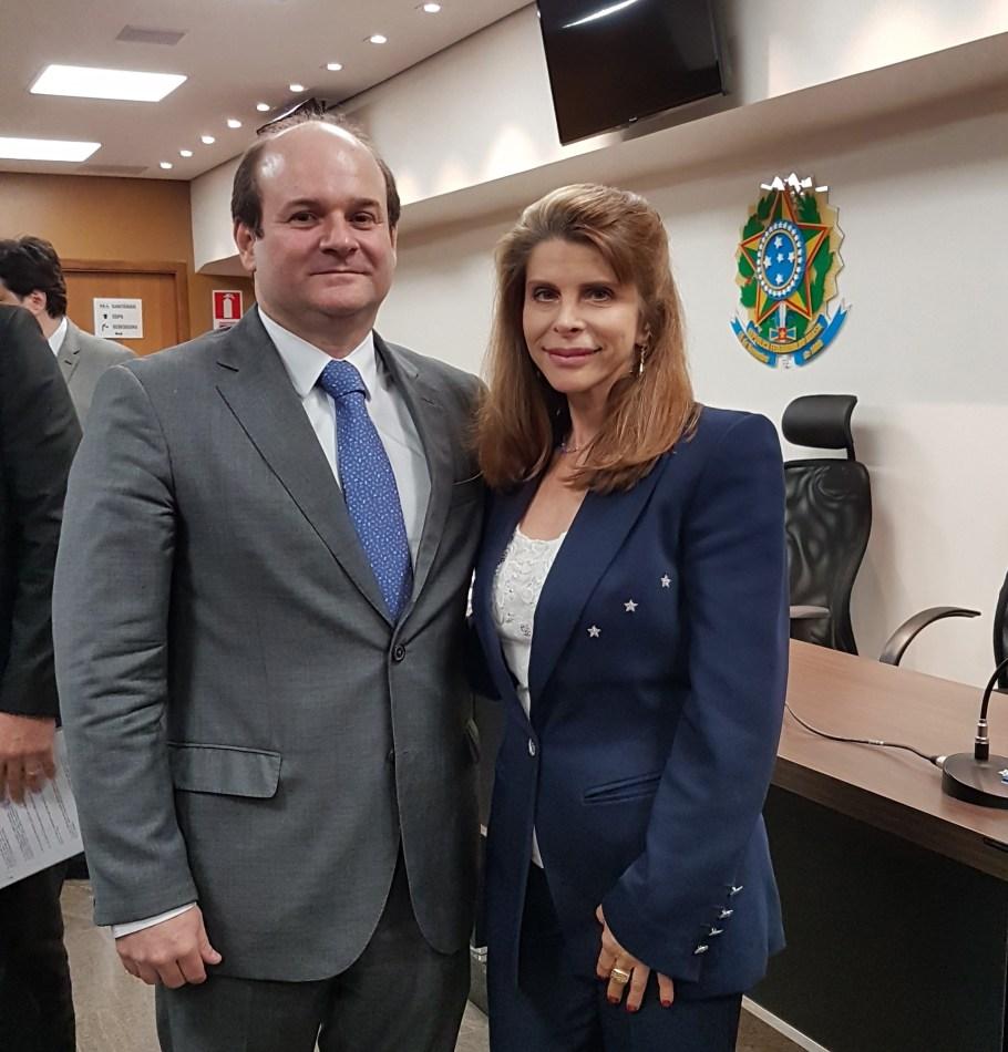 Bernadete Alves com Tarcisio Vieira de Carvalho Neto, Ministro do TSE