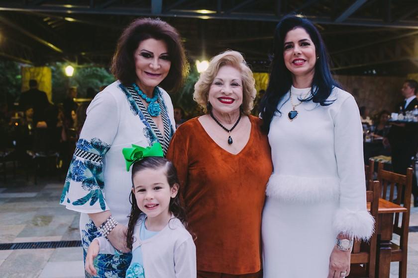 Cléa Gontijo, Valentina Bessa, Marlene Gontijo e Sônia Gontijo