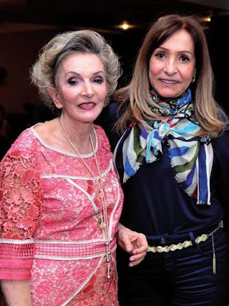 Clotilde Chaparro com Ilda Peliz, secretária de Trabalho do DF