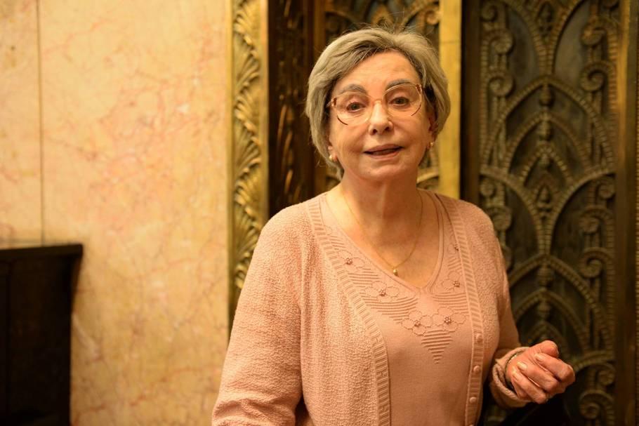 Beatriz Segall como Yolanda na série 'Os Experientes'em 2015
