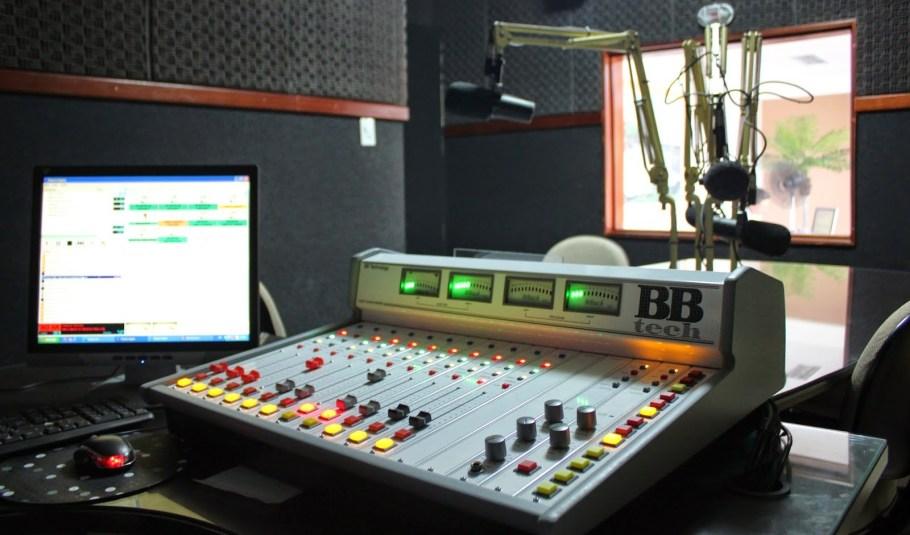 Dia Mundial do Rádio - bernadetealves.com