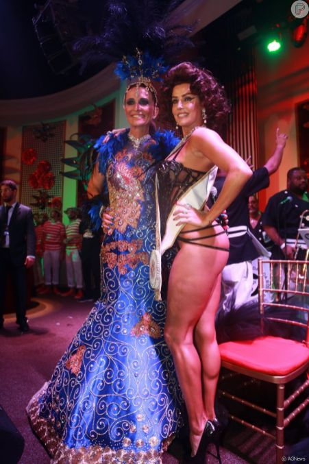 Andrea Natal e a rainha Deborah Secco
