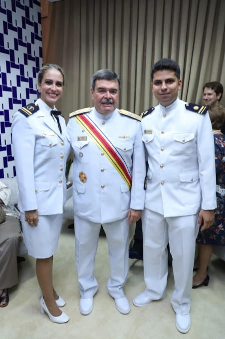 Tenente Sabrina, Almirante Marcus Vinicius e tenente Lucas Kawage