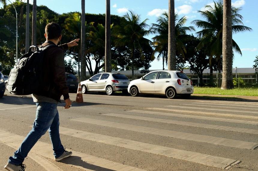 Detran festeja 22 anos de respeito a faixa de pedestre - bernadetealves.com