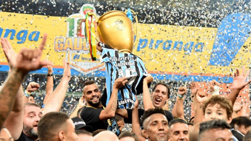 Grêmio é Bicampeão Gaúcho e Paulo Victor se consagra herói - Bernadete Alves