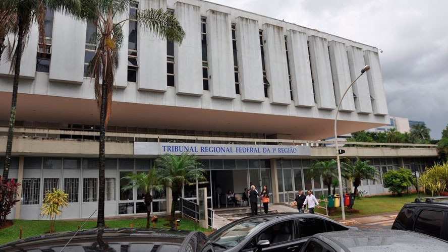 TRF 1ª Região comemora 30 anos com entrega do Mérito Judiciário e Memória Sucessória - bernadetealves.com