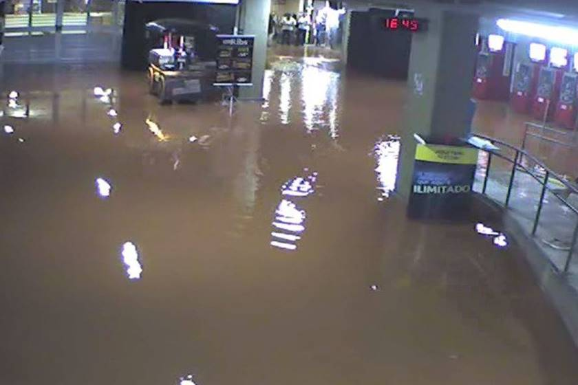 Temporal alaga Estação-central-metro - Bernadete Alves