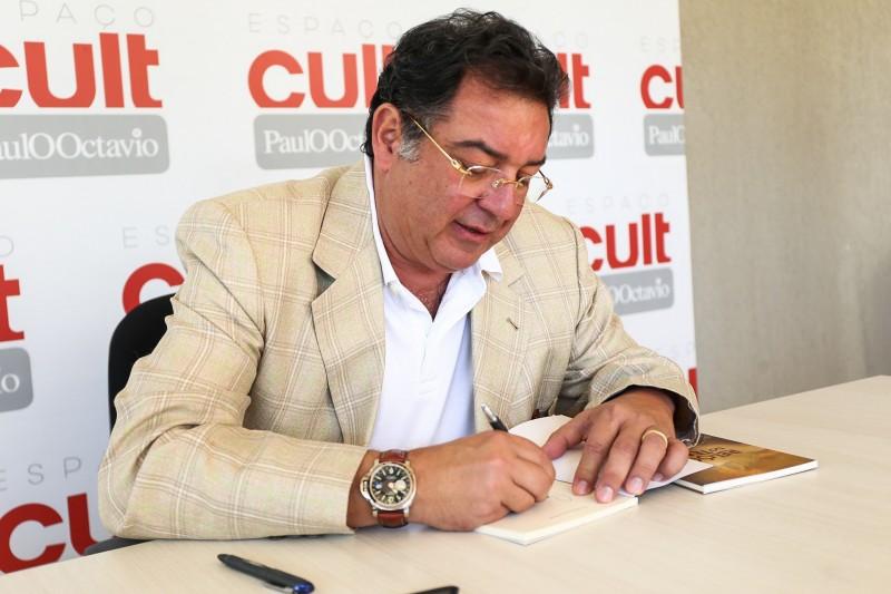 Espaço Cult PaulOOctávio -Luis Carlos Alcoforado  - lançamento de livros - Bernadete Alves