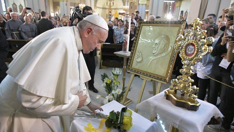 Papa Francisco: o incansável defensor dos refugiados - Bernadete Alves