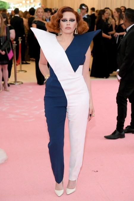 Natasha Lyonne no Met Gala 2019