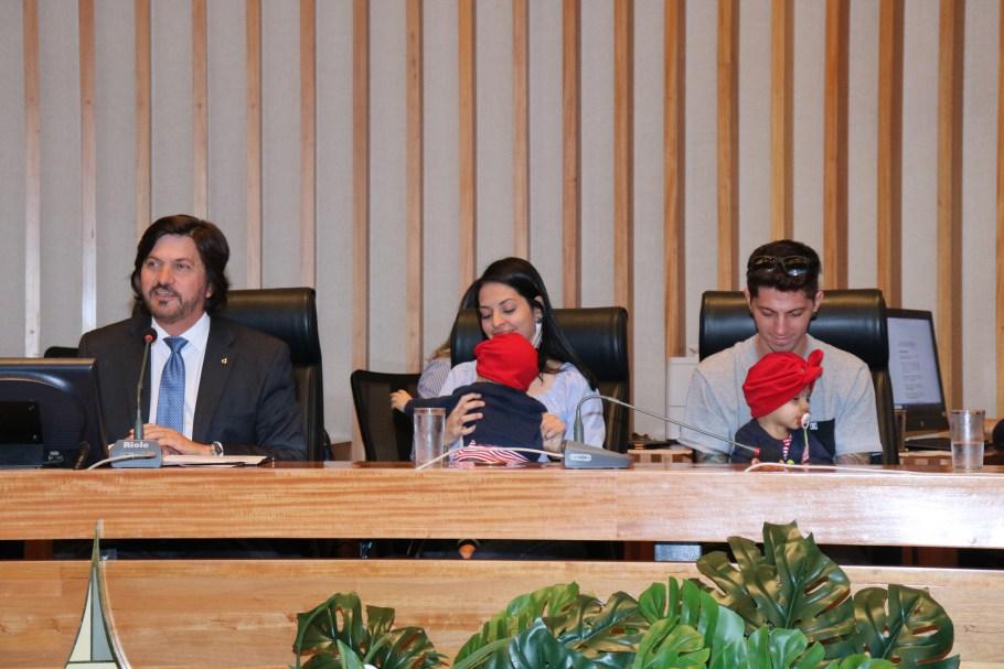 CLDF faz homenagem ao HCB e equipe médica de Mel e Lis - Bernadete Alves