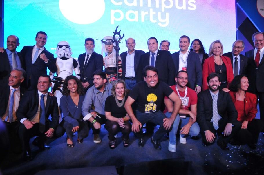 Campus Party Brasília - Educação do futuro - Bernadete Alvestoridades - Bernadete Alves