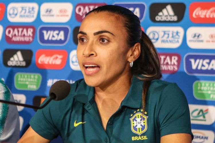 Marta é a rainha absoluta na artilharia das Copas  - Bernadete Alves