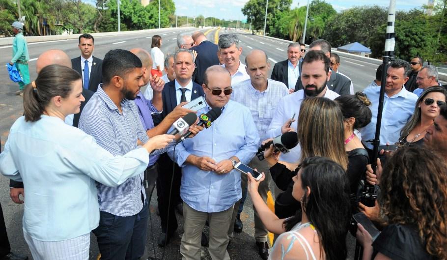 Viaduto do Eixão Sul- trânsito liberado  pelo GDF - Bernadete Alves Alves