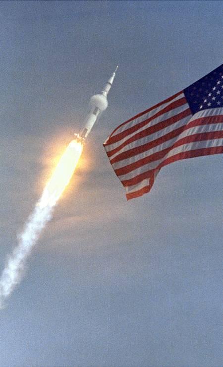 Apollo 11, missão Lua