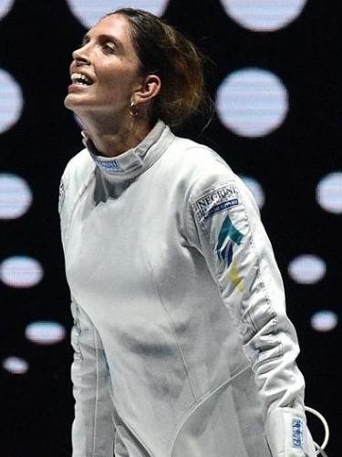 Brasileira Nathalie Moellhausen, ouro em Campeonato Mundial de Esgrima