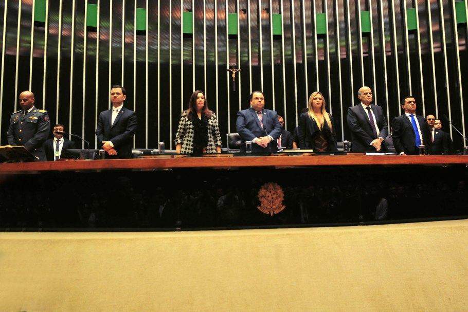 Dia do Bombeiro é comemorado em Sessão Solene na Câmara - Bernadete Alves