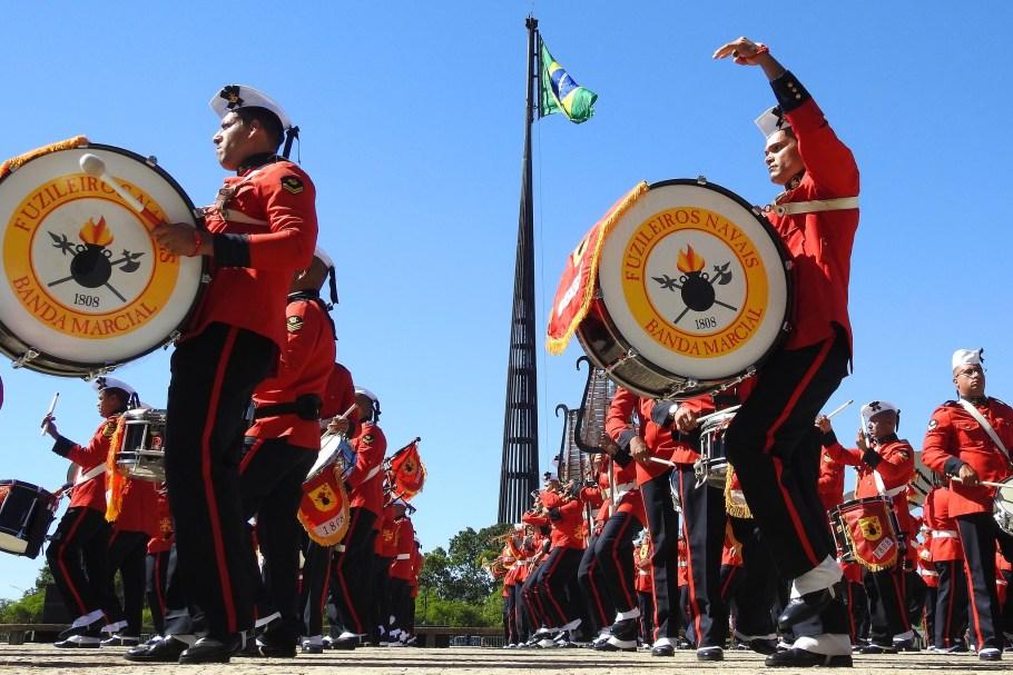 Encantos de Brasília - Banda Marcial dos Fuzileiros Navais - Bernadete Alves