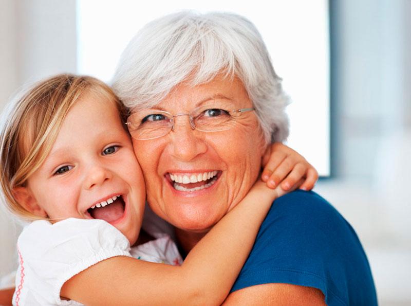 Sorrir é a expressão da alegria - Bernadete Alves
