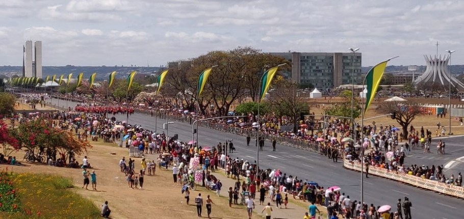 Desfile de 7 de Setembro em Brasília - Bernadete Alves7 de Setembro em Brasília - Esplanada - Bernadete Alves