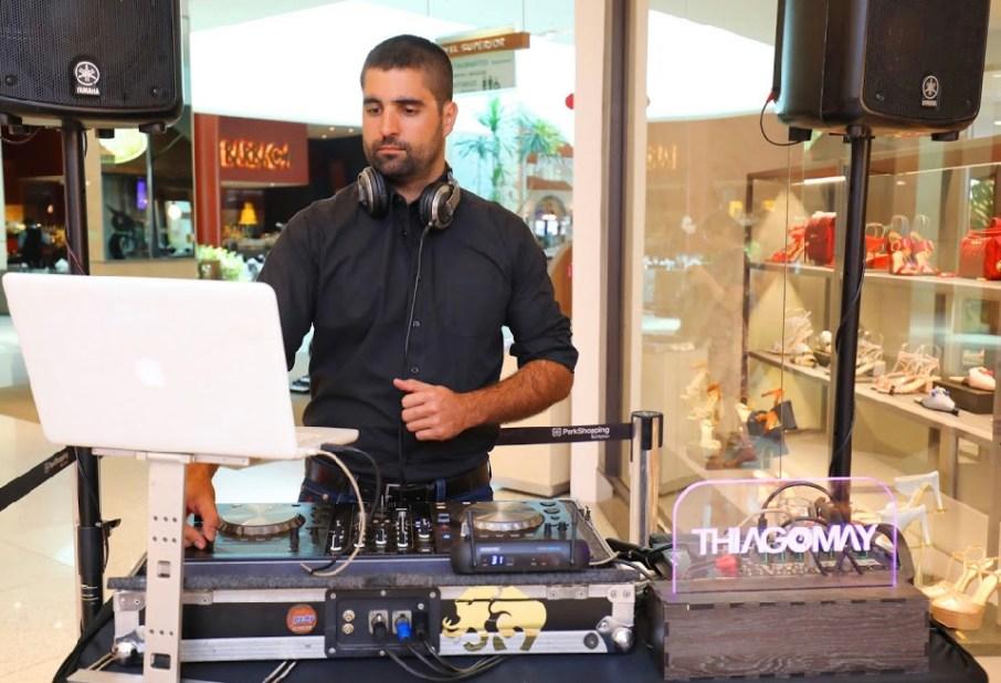 DJ Thiago May fez sucesso na inauguração da Luiza Barcelos no ParkShopping Brasília