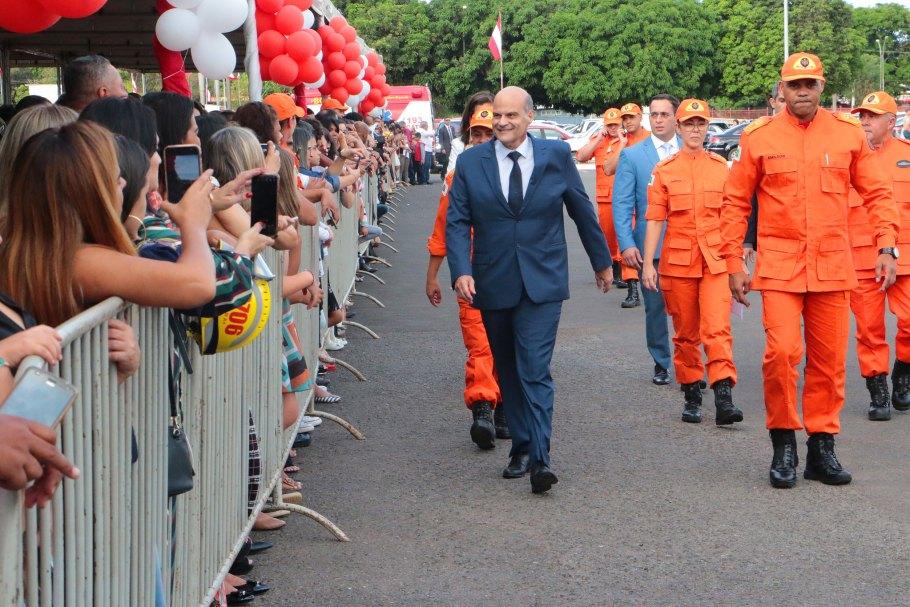 Corpo de Bombeiros do DF ganha 311 novos soldados - Bernadete Alves