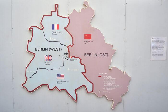 Queda do Muro de Berlim completa 30 anos  - Bernadete Alves