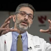 Médico brasileiro André Kalil lidera estudo de remédio contra Covid-19