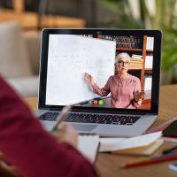 Dia do Professor: a profissão que forma todas as outras dá novas lições
