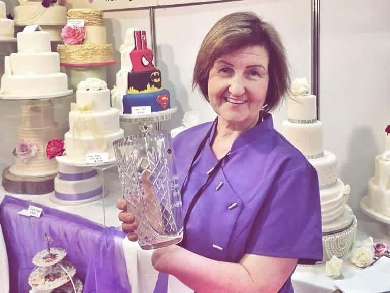 Bernadette Kennelly - Wedding Cakes Specialist
