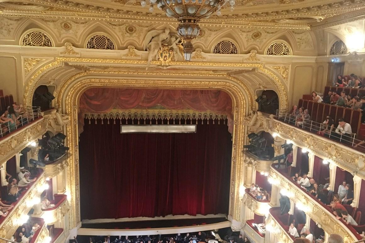 Lviv Operası'ndayız!