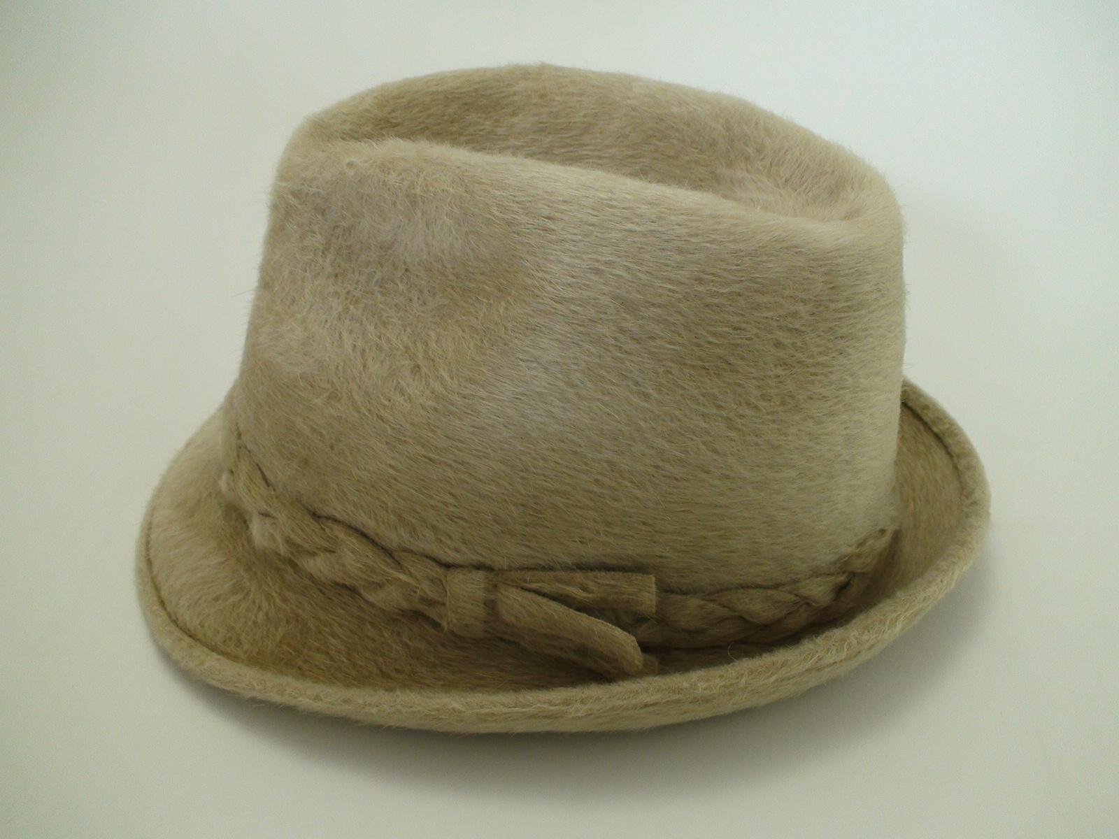 b6e9c7f7a17c8 Biltmore Hats Canadian Club Ivory Beaver Fur Felt Fedora Hat
