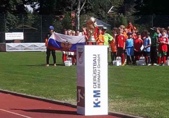 Mini-WM in Bernau: Die Welt des Fußballs zu Gast in Schönow